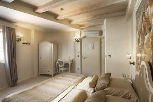 Classic room 5