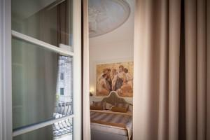 Deluxe room 6
